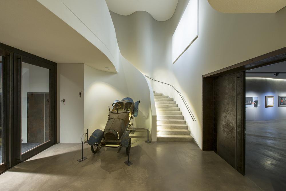 Museum Art & Cars Singen Treppenbeleuchtung DGA