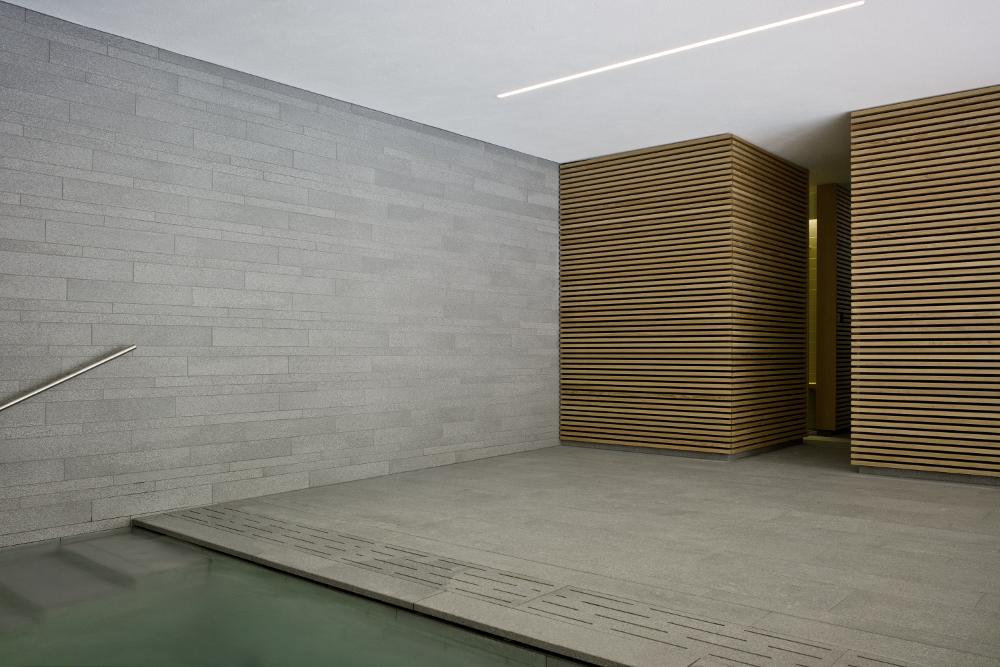 s43 wittfoht architekten Stuttgart Beleuchtung Poolbereich mit c2 IP68 von Viabizzuno