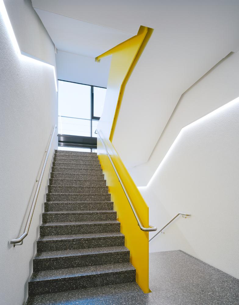 Kärcher Neubau Winnenden c2 led Treppenhaus Viabizzuno