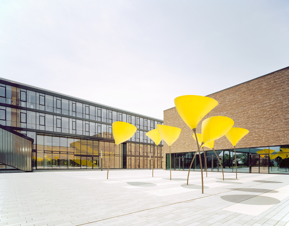Kärcher Neubau Winnenden maxxi poppy Viabizzuno Deutschland Außenleuchten