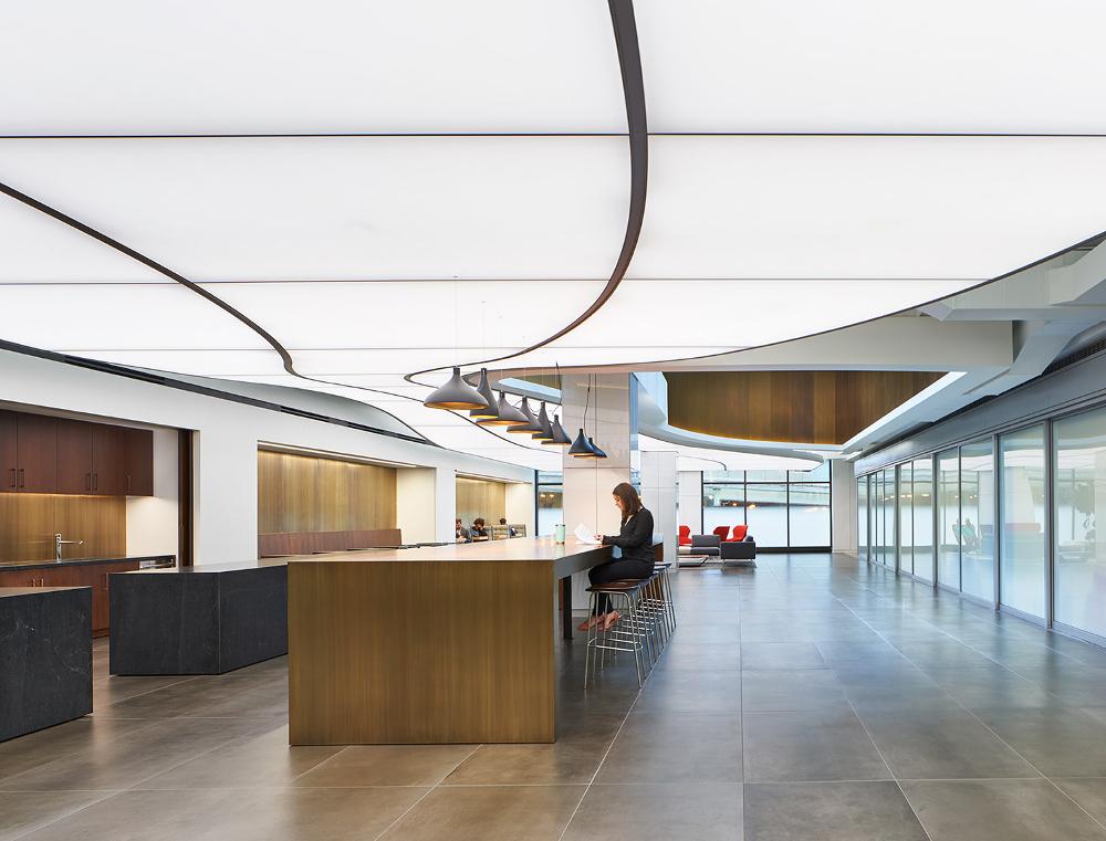 Michigan Plaza Lobby Westmont mit TLS Lichtdecke